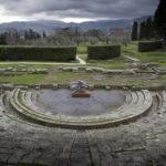 La Mano - Teatro Romano