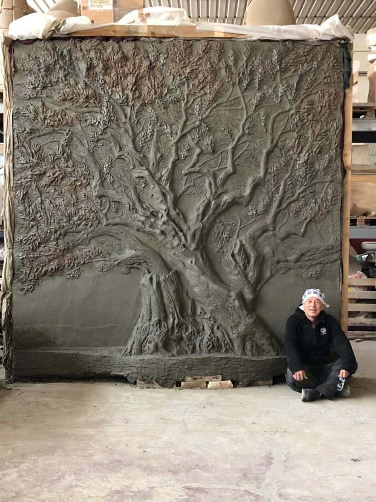 Millenary olive tree bas-relief of the Master Nobuyuki Okumura